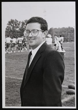 Portrait of Rick W. Wright at a Saint Louis Rams practice.