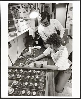 Dr. Gene Johnson with an unidentified student, Department of Pharmacology, Washington University ...