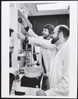 Dr. Jacques Baenziger and Eric Green, MSTP, Divison of Biology and Biomedical Sciences, Washingto...