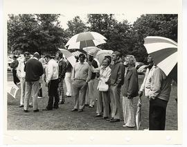 Crowd of spectators at a Greater St. Louis Golf Classic.
