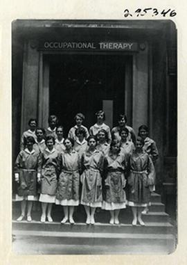 Group portrait of a St. Louis School of Occupational Therapy class.