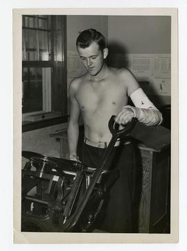 Patient printmaking in a workshop, Wakeman General and Convalescent Hospital, Camp Atterbury, Ind...