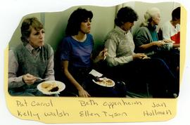 Patt Carrol, Kelly Walsh, Beth Oppenheim, Ellen Tyson, and Jan Hollman at a Washington University...