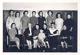 Group portrait with Alice Cowdry and thirteen unidentified women, Taipei, Taiwan.