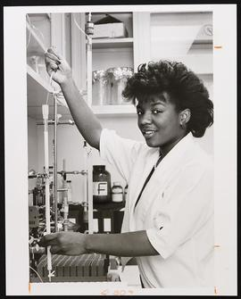 Portrait of Stephanie Talton in a laboratory.