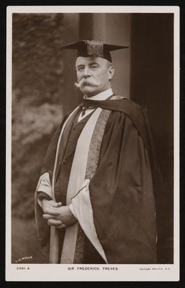 Portrait of Frederick Treves in academic robes.