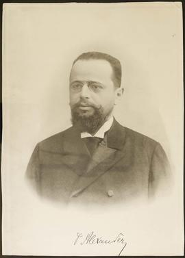 Studio portrait of Gustav Alexander.