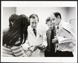 Dr. Arthur Eisen with a group of students, Department of Medicine, Washington University School o...