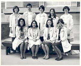Group portrait of dietetic interns, Barnes Hospital.