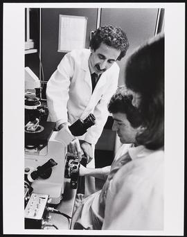 Dr. Alan Pearlman with two unidentified doctors, Department of Neurology, Washington University S...
