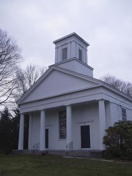 Exterior view of Lebanon Baptist Church, Lebanon, Connecticut.