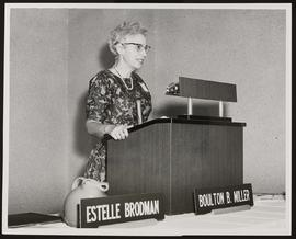 Estelle Brodman speaking at a Society of American Archivists meeting.