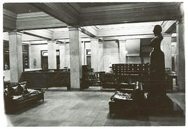Interior view of the Barnes Hospital lobby with a bust of Robert Barnes.