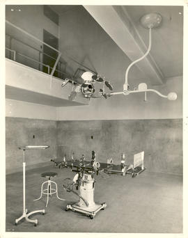 Interior view of an operating room.